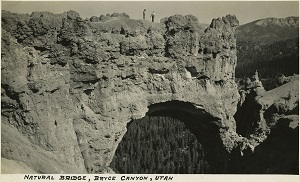 96-07-08-alb10-105, Natural rock bridge in Bryce Canyon, Utah, c. 1935