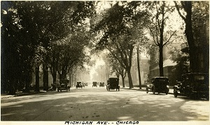 96-07-08-alb09-093, Scene along Chicago's Michigan Avenue, c. 1923